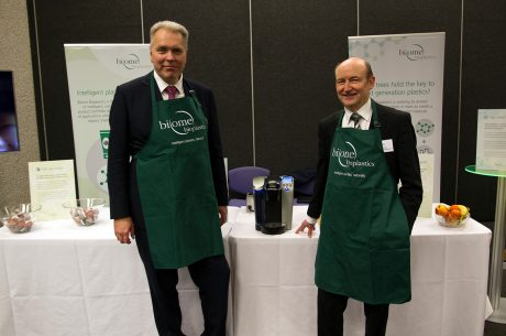 Biome Bioplastics serves coffee to Minister for Life Sciences